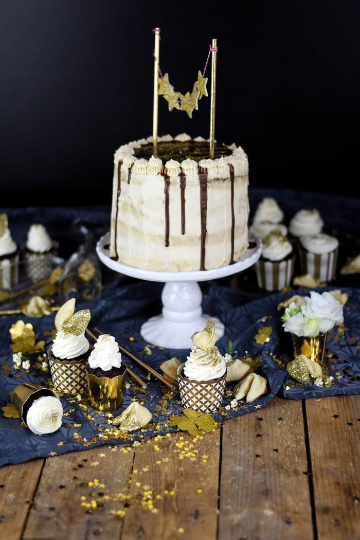 Neujahrstorte - Schoko Kaffee Mokka Torte - Guinnes Cupcakes und Glückskekse mit weisser Schokolade (9)