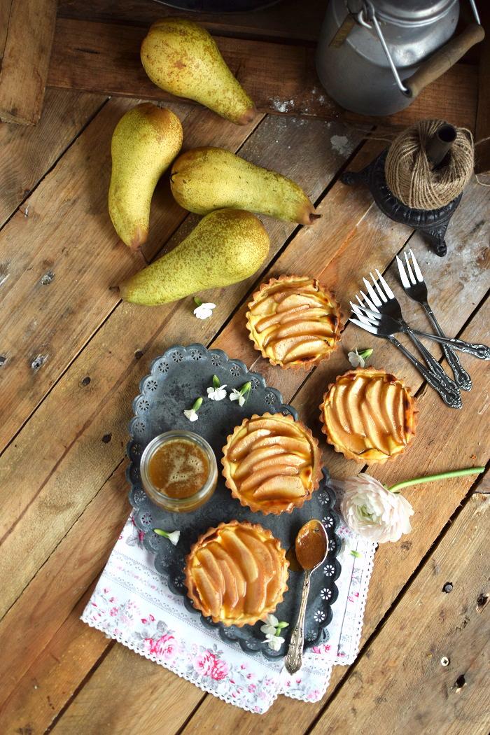 Karamellisierte Birnen Quark Tarte - Caramelized Pear Tart with Cheesecake Filling (9)