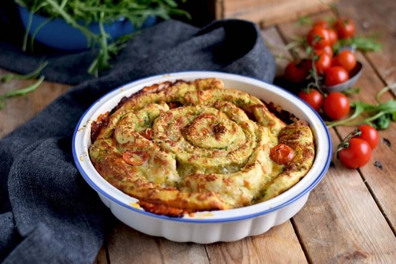 Pizza Pinwheel mit Tomaten und Mozzarella - Pizza Roll with Tomatoes and Mozzarella Cheese (14)
