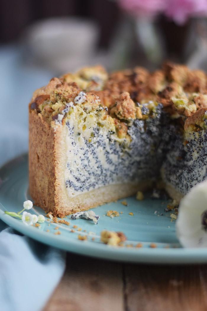 Mohn Streusel Quark Kuchen - Poppy Seed Crumble Cheesecake (11)