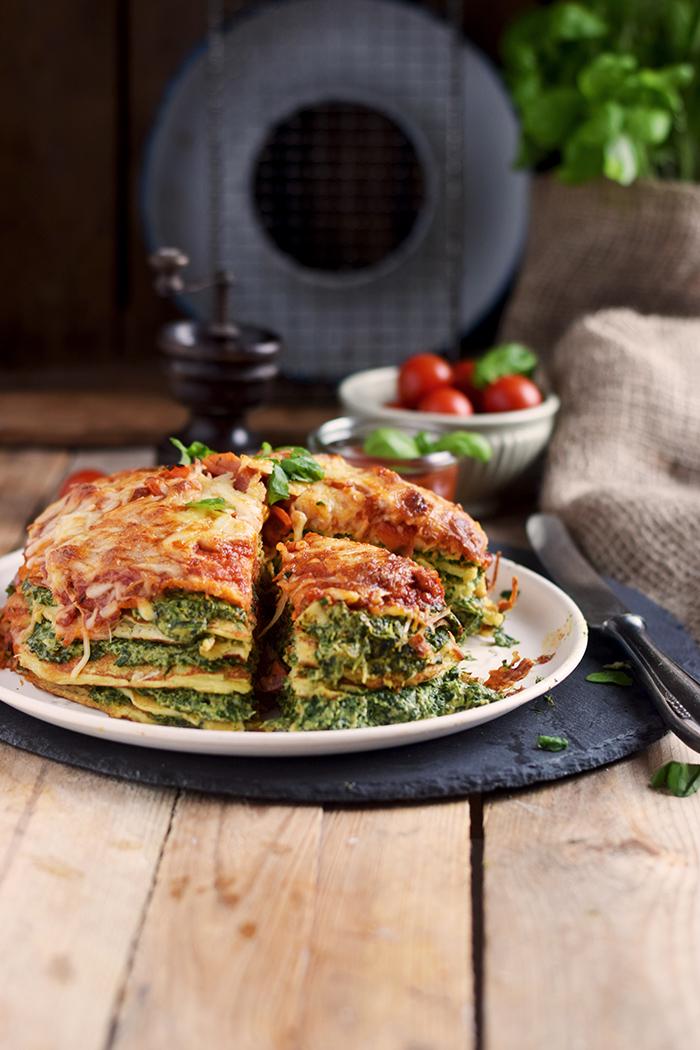 Pancake Stack mit Spinat - Herzhafter Pfannkuchen Turm mit Spinat (6)