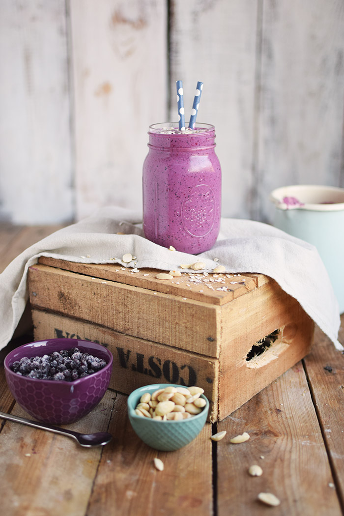 Blaubeer Mandel Smoothie - Blueberry Almond Smoothie (13)