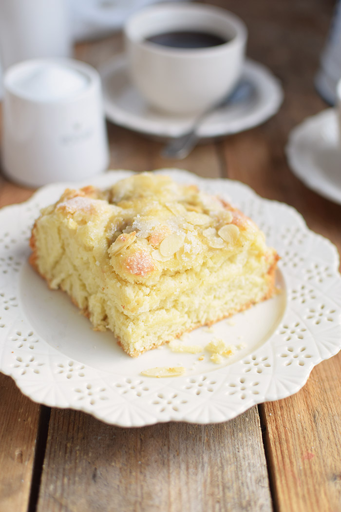 Butterkuchen mit Pudding - Butter Custard Cake Rezept (20)