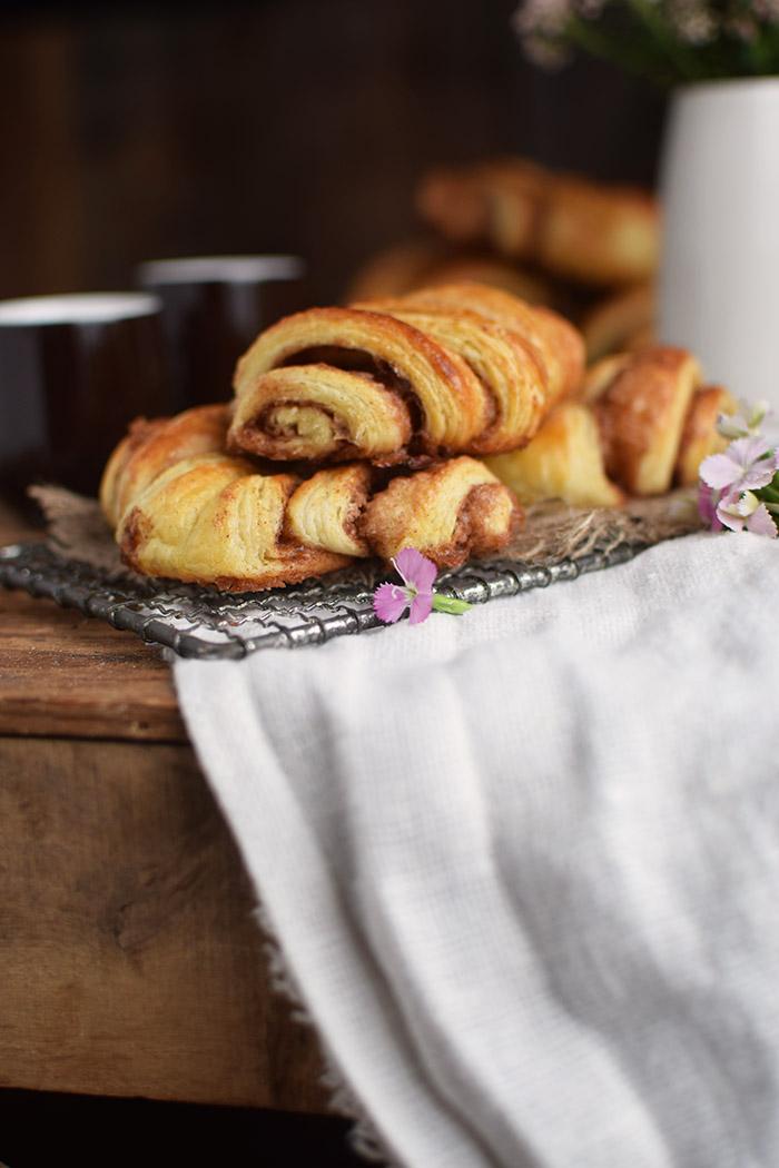 franzbr tchen hamburg cinnamon pastry rolls rezept. Black Bedroom Furniture Sets. Home Design Ideas