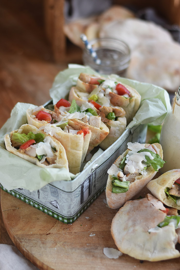Caesar Salat Pitas - Caesar Salad Pita Bread (12)