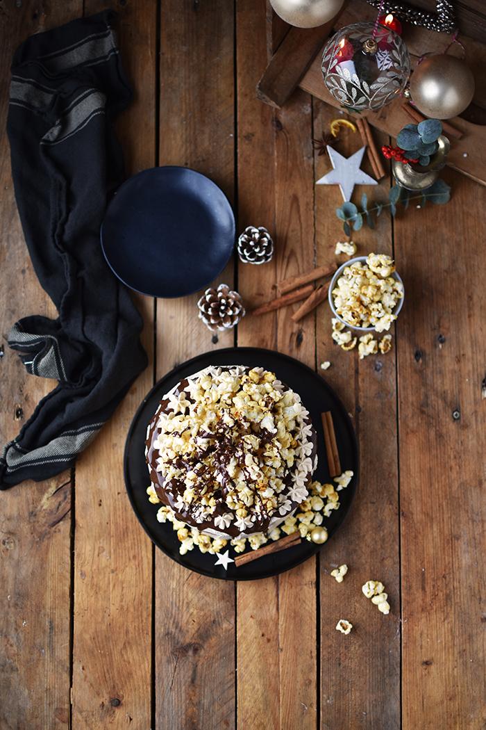 zimt-karamell-torte-mit-karamell-popcorn-10