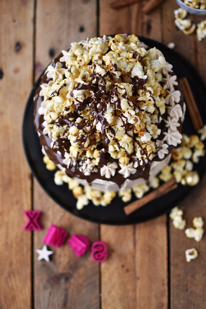zimt-karamell-torte-mit-karamell-popcorn-5