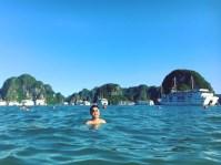 vietnam-halong-bay-9-swimming