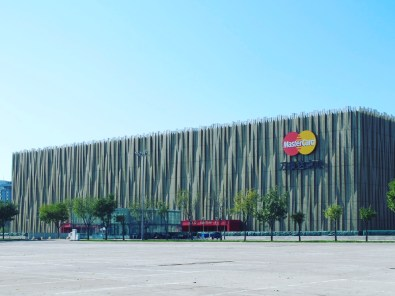 LeSports Center (originally Beijing Wukesong Culture & Sports Center): Gu Yonghui