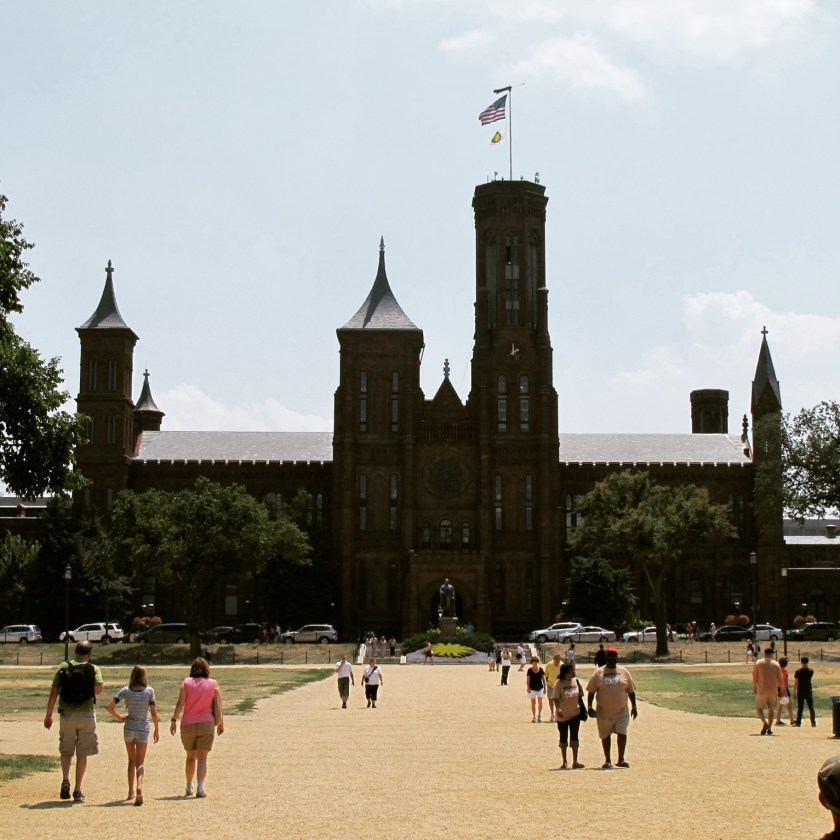 Washington DC Smithsonian Castle