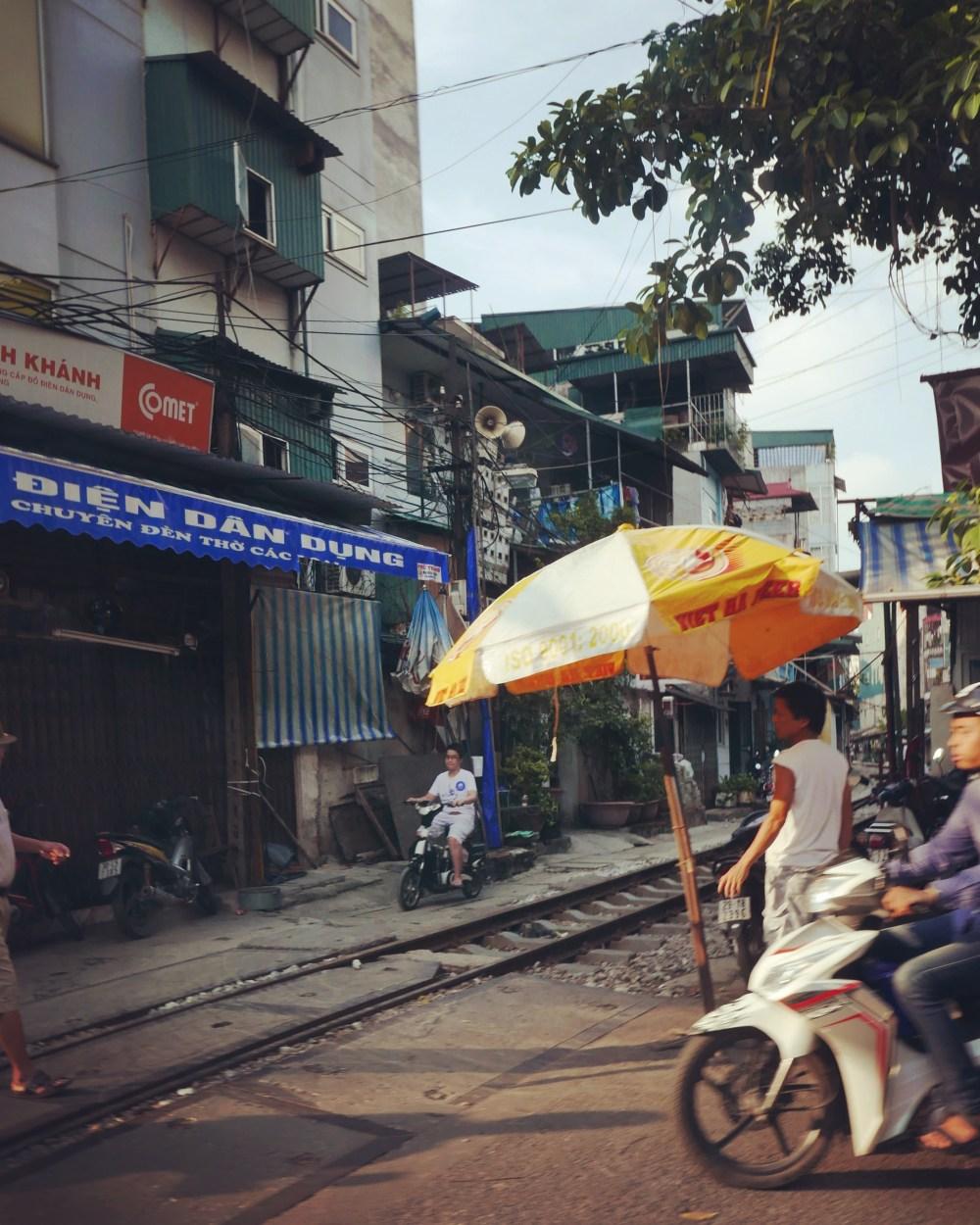 Hanoi - Train