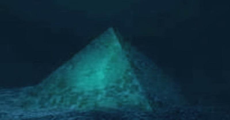 Пирамиди на дъното на Бермудския триъгълник