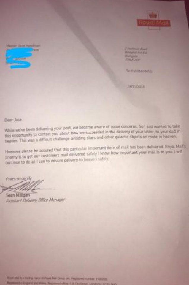 Малко момченце написа писмо до мъртвия си баща! Отговорът, който получи, разплака цялата мрежа (СНИМКИ)