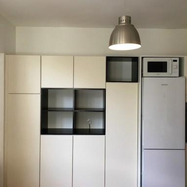 Aménagement cuisine pour particulier (valchromat / laquage écru)