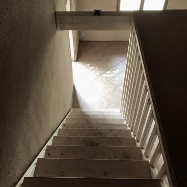 Escalier en pin radia et claire voie