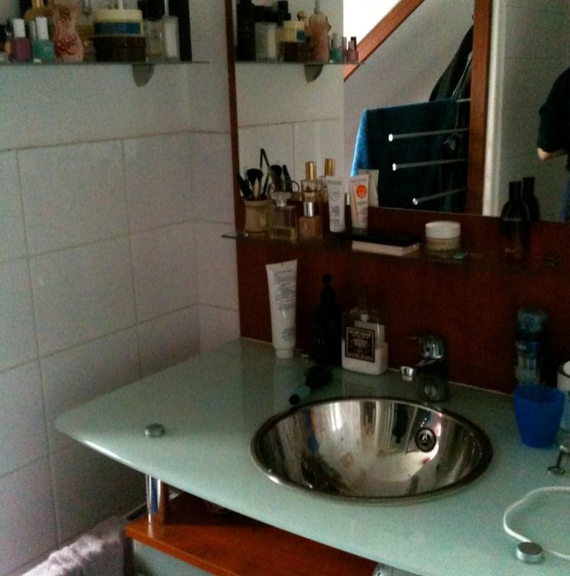 27bathroom