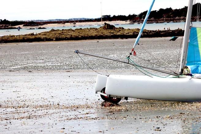 9low tide boat