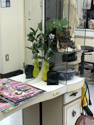 高円寺駅近美容室のカウンター