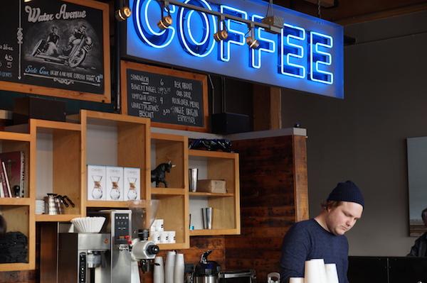 ポートランドのコーヒーショップ 〜あの日あの時あの場所で〜