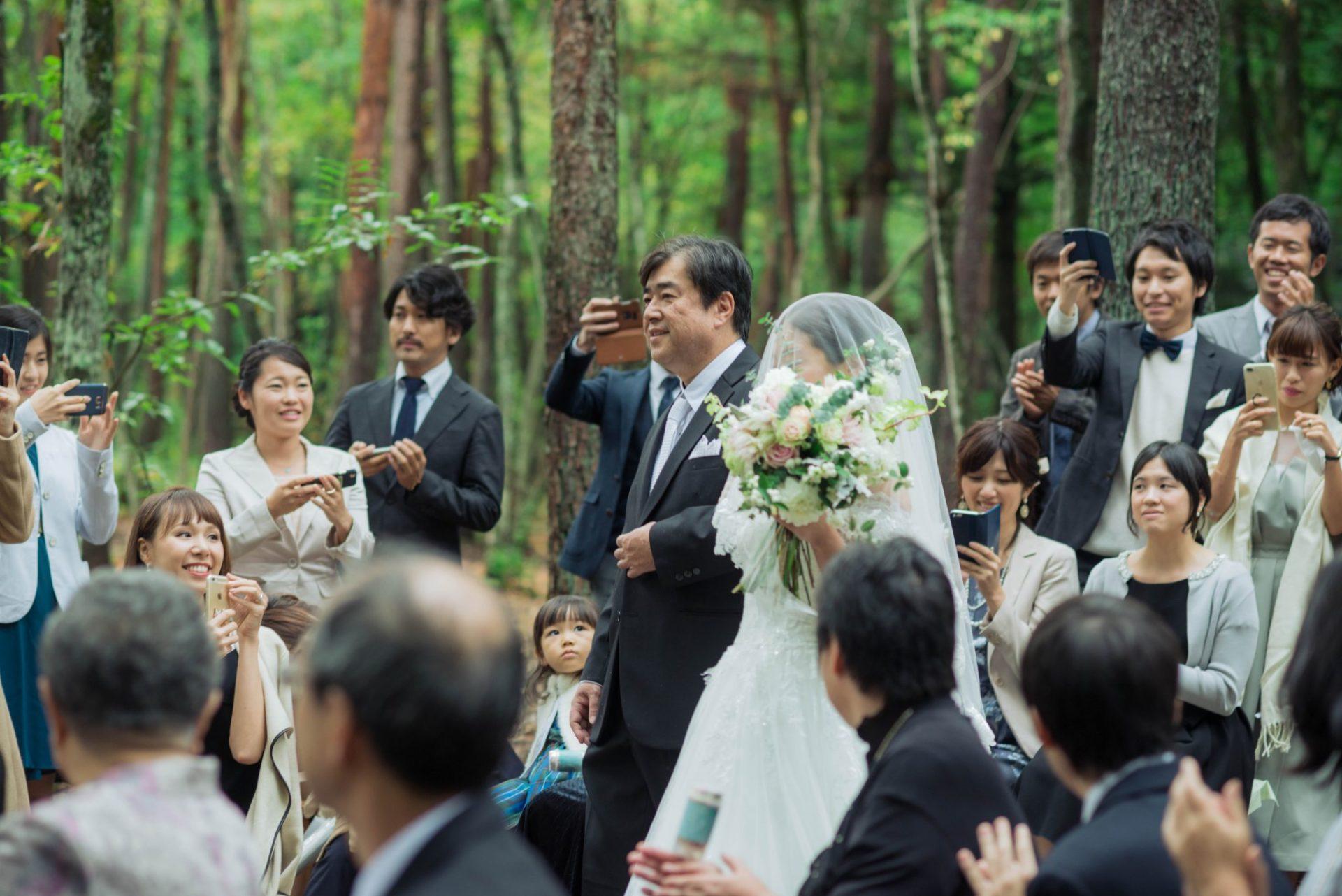 べるが(verga)での結婚式-新婦入場
