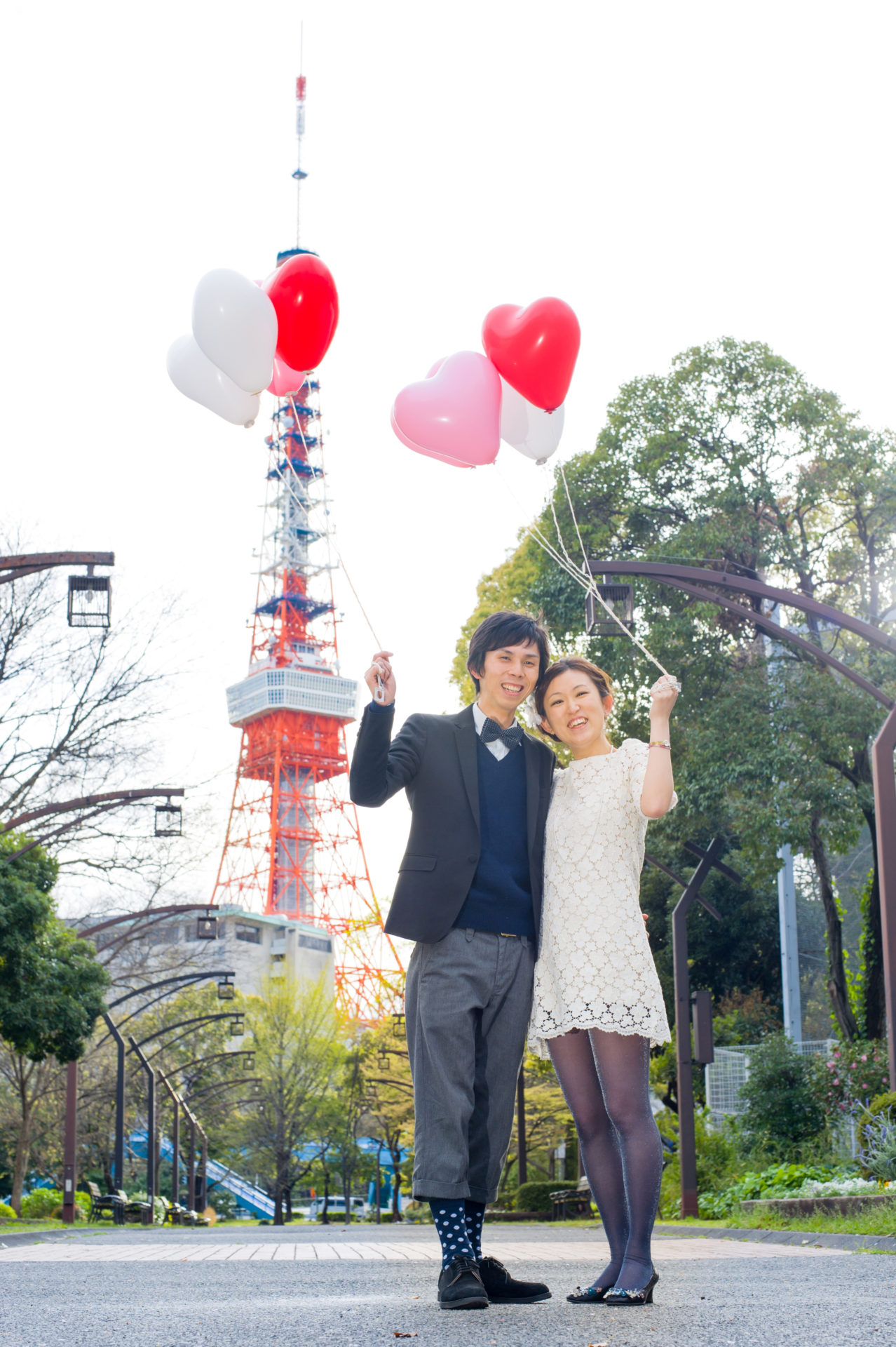 東京タワーを背景に御成門より撮影02