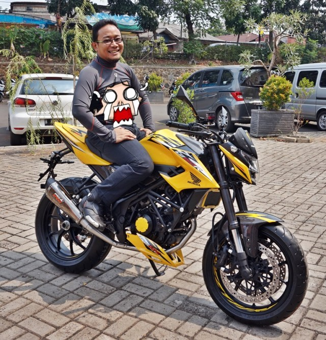 Modifikasi All New Honda CB150R 2015 mono arm