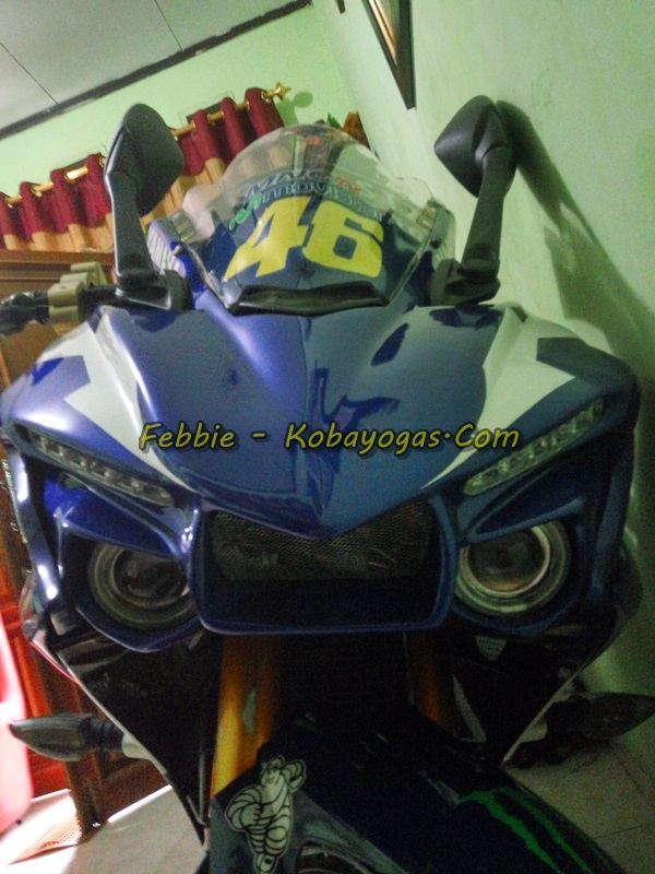 yamaha r15 modifikasi R1M