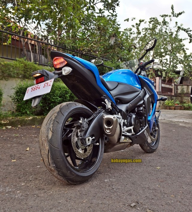 review dan test ride Suzuki GSX-S1000F
