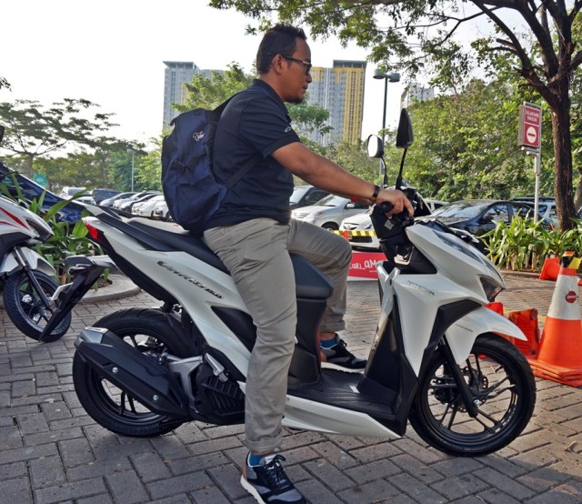test ride all new honda vario 150 7