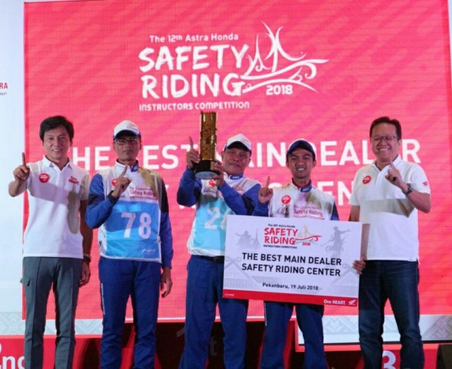 Daftar Pemenang Kompetisi Honda Safety Riding Instructor 2018 3
