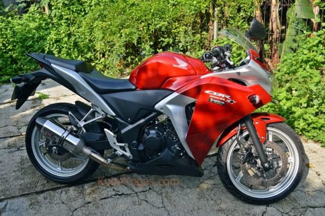 CBR 250R Kobayogas.com