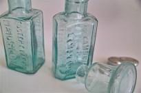 ガラスの薬瓶 × 3種 まとめて