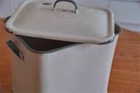 英国製 ブレッド缶 クリーム地×緑文字  その2 1
