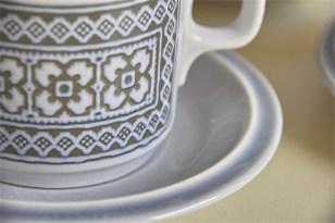 英国 ホーンジー(HORNSEA)コーヒーカップ&ソーサー × 3ヶセットで タペストリー柄 6