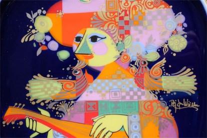 ドイツ ローゼンタールStudio-line製 ビョルン・ヴィンブラッドデザイン 飾り皿 ギター(バラライカ)を弾く女性 2