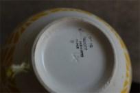 アンティークカフェオレボウル その73 フランス DIGOIN&SARREGUEMINES (ディゴワン&サルグミンヌ)製 珍しい平たいフォルム イエロー「4」の記載あり