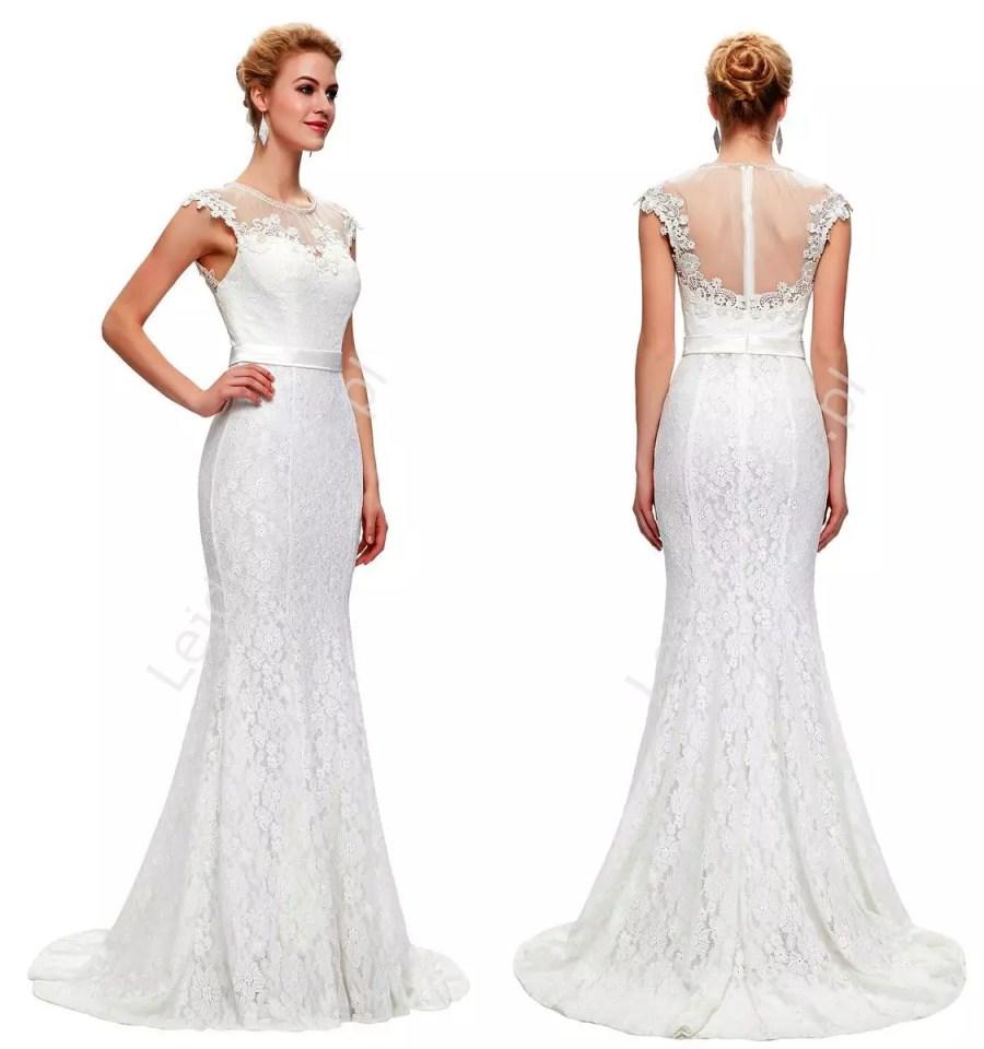 Długa biała suknia ślubna z perłami w stylu retro Lejdi