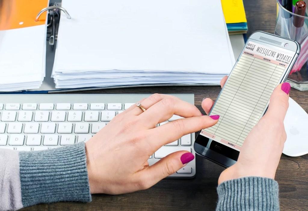 Budżet domowy do druku - tabela miesięczne wydatki dzień po dniu