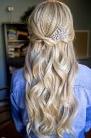 modne fryzury na studniwk karnawa