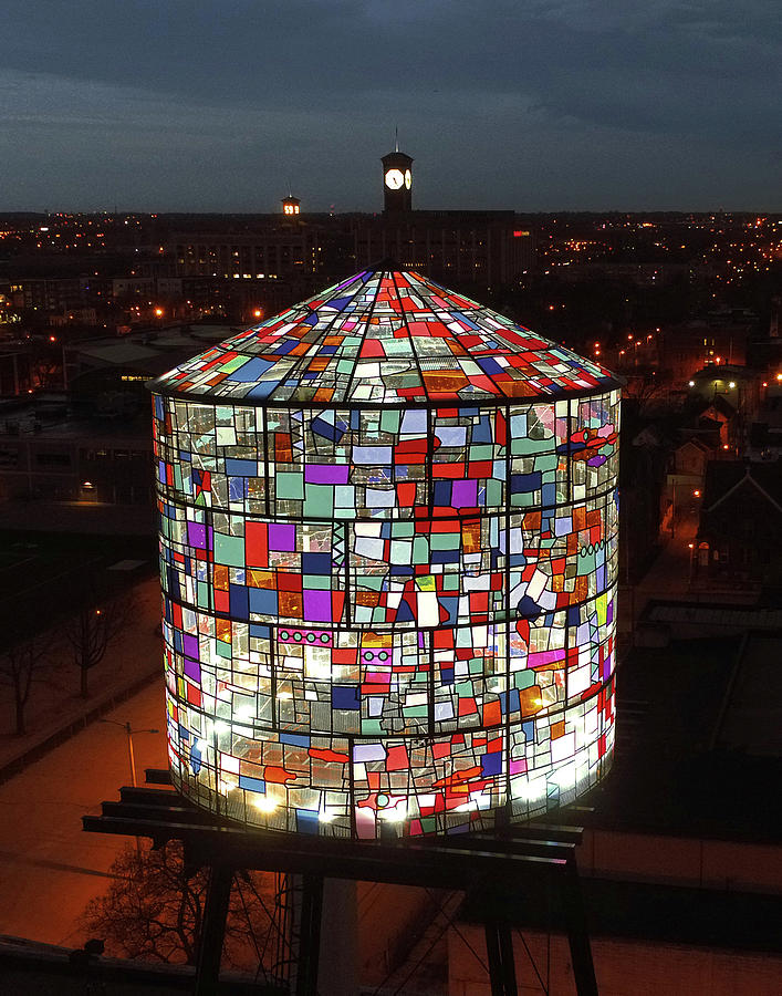 tom-fruin-stained-glass-water-tower-kobi-lighting-studio