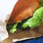 【ハンサムバーガー】パティの焼き方が独特!サンフランシスコ仕込みのハンバーガーショップ(名古屋伏見)