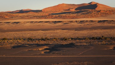 Namibwüste und Sanddünen - eine Sinfonie von Farben und Formen