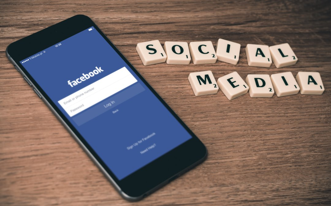 6 Social Media Tips Just for Authors