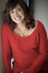 A headshot of Jennifer Probst.