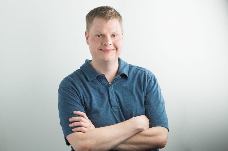 A headshot of Tim McConnehey.