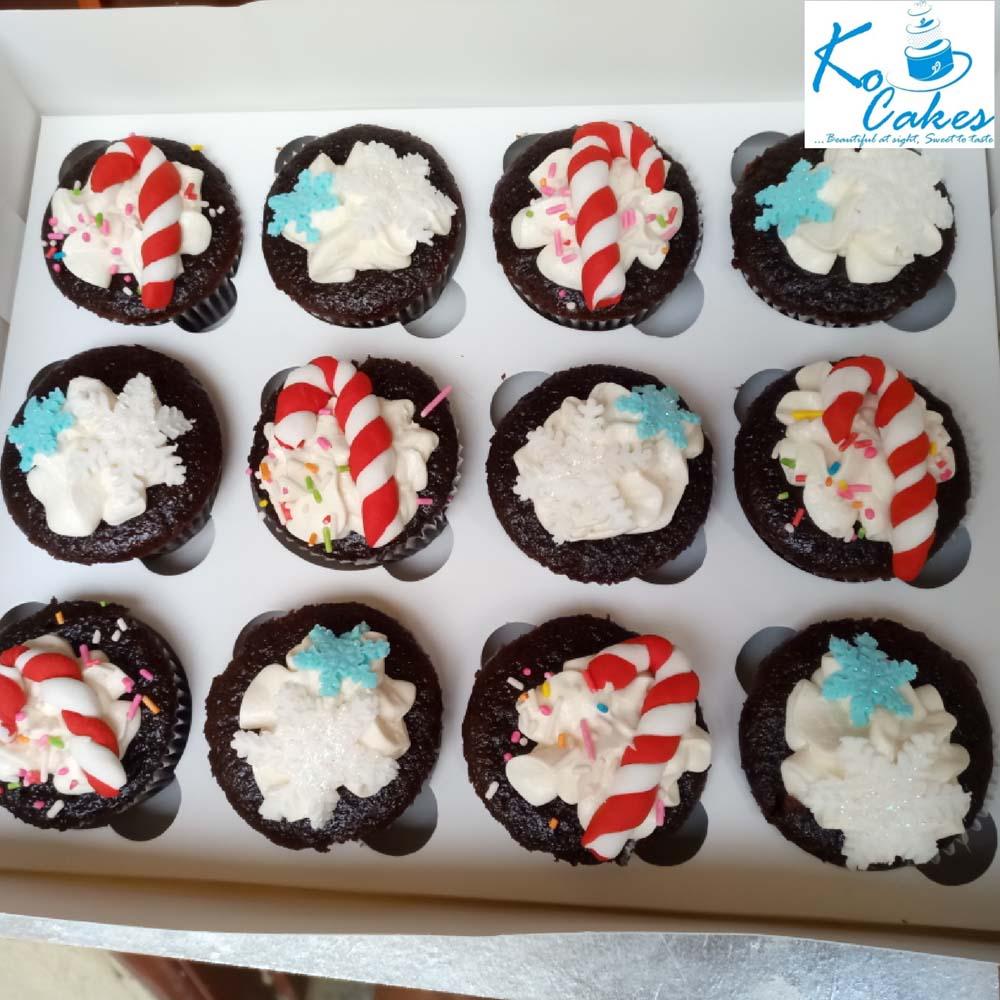 Christmas Themed Chocolate Cupcakes