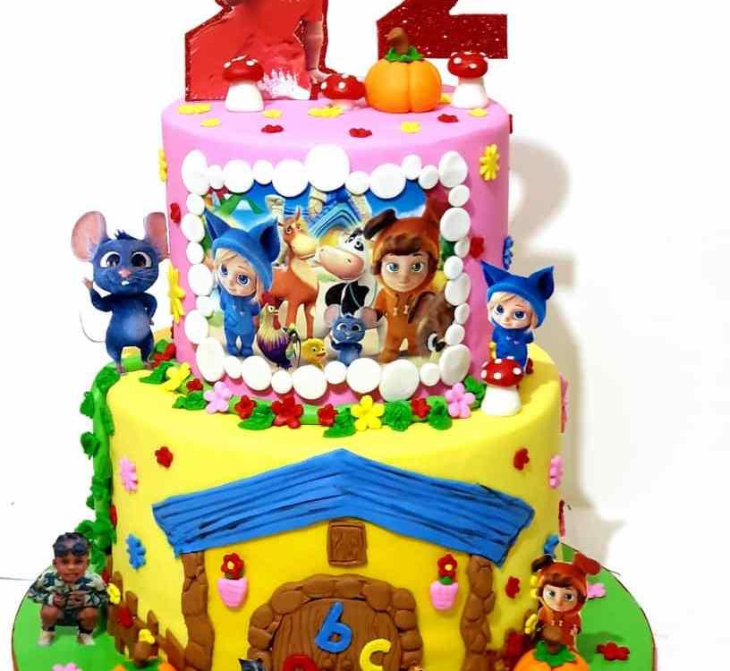 Dave n Eva Character Cake