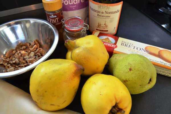 Birne und Quitten mit Walnüssen und Pommeau