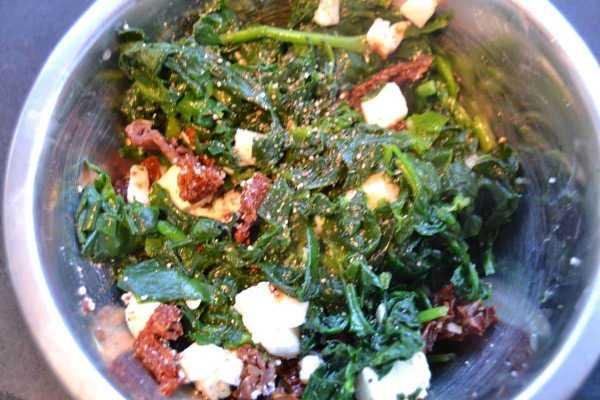 Feta ,Tomaten und Spinat Füllung