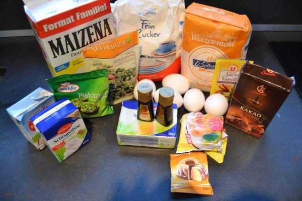 Zutaten Schokoladen Pistazien Gugelhupf , Butter ,Mehl , Eier ,Sahne kochen aus liebe